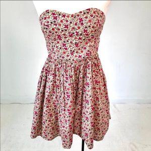 Liberty London M Prairie Ditsy Floral Print Dress